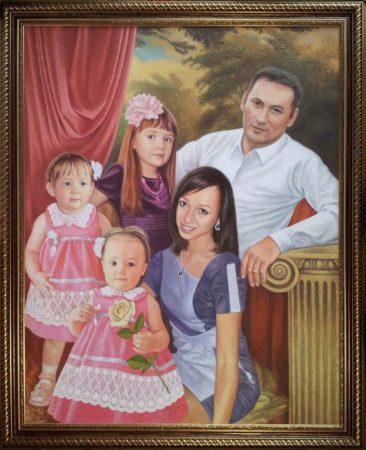 Семейный портрет маслом в Бишкеке — правильная традиция…